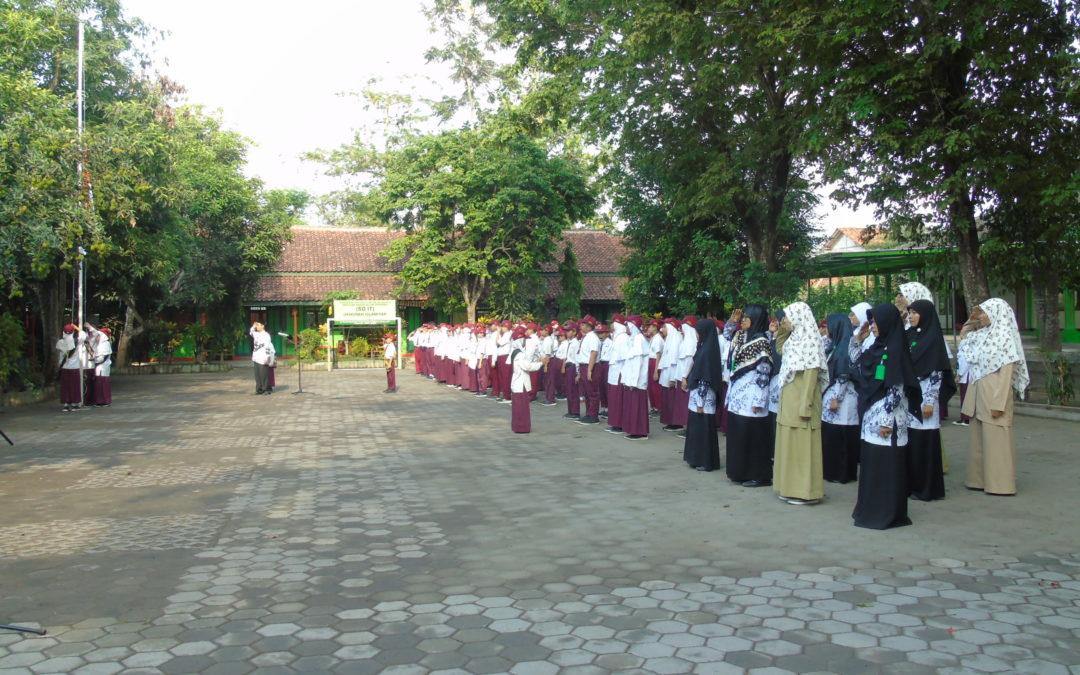 Teacher Day SD IT Ukhuwah Islamiyah Kalasan